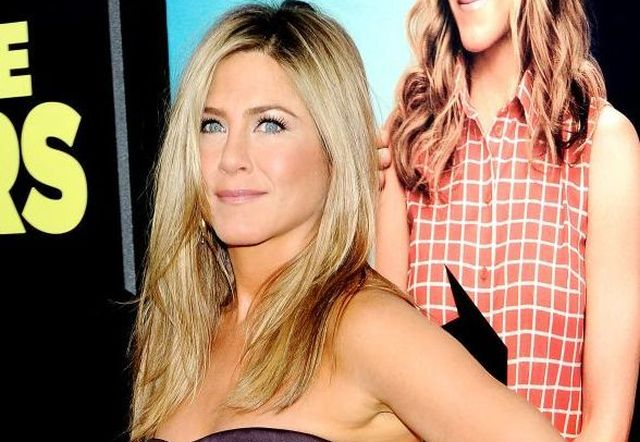 jennifer-aniston 2